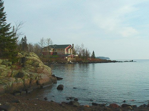 Cove Point Lodge At Beaver Bay Minnesota On Lake Superior S North Oahu